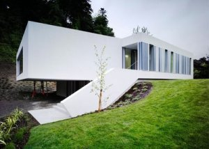 Concrete White House, Modern Design by ODOS Architects